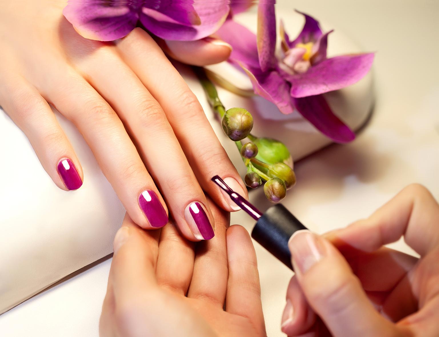 usługi kosmetyczne staszów manicure